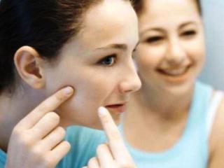 Угревая сыпь. Косметические средства для лечения угревой сыпи (уход за лицом)