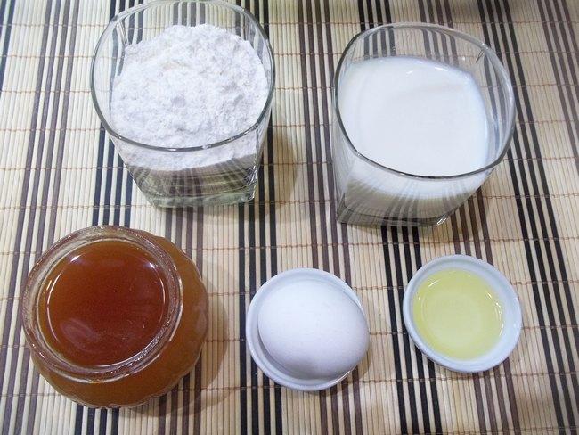 Блинчики медовые на молоке