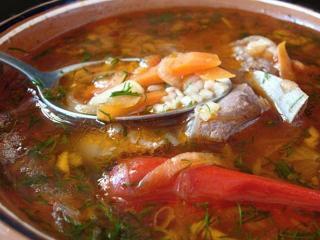 Суп из осетрины с грецкими орехами