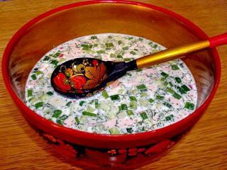 Окрошка мясная. Национальная русская кухня