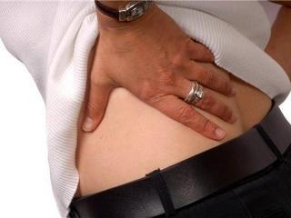 Первая дачная помощь больной спине: народные рецепты, упражнения