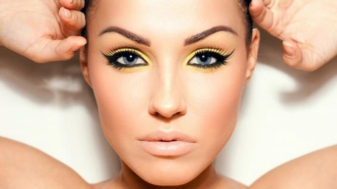 Нарисованная красота: преимущества татуажа бровей