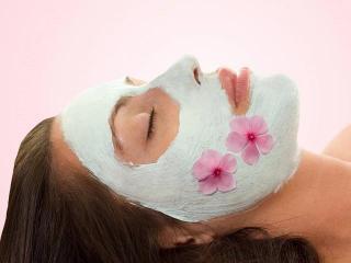 Уход за кожей лица. Как правильно наносить косметические маски