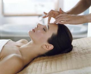 Косметический гигиенический самомассаж лица (техника массажа для красоты и здоровья)