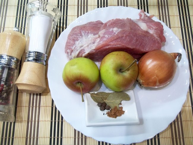 Тушеная свинина в горшочке рецепт 42