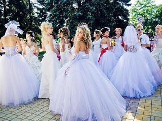 Выпускной 2013. Выбор платья на выпускной вечер  согласно цветотипу