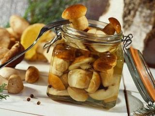 Маринованные грибы (домашние заготовки)