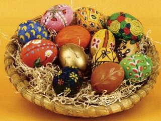 Как красить яйца на Пасху