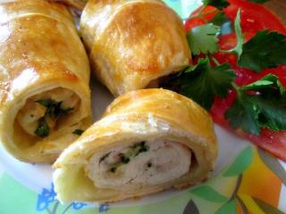 Куриная грудка в слоеном тесте.<br> Праздничный рецепт второго блюда из курицы