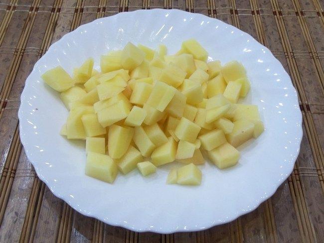 Рекомендую обратить внимание на этот овощ и приготовить с савойской капустой вкуснейший борщ по моему рецепту.
