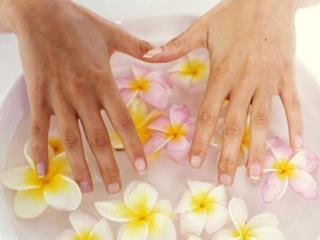 Ванночки против увядания кожи рук