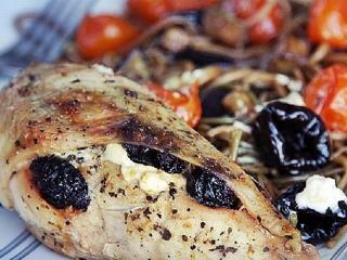 Курица с черносливом. Праздничный рецепт блюда из курицы.<br> К Новому году и Рождеству
