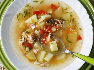 Суп из семги. Вкусный быстрый рецепт рыбного супа. Русская национальная кухня