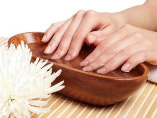 Ванночки для укрепления и питания ногтей (уход за руками)