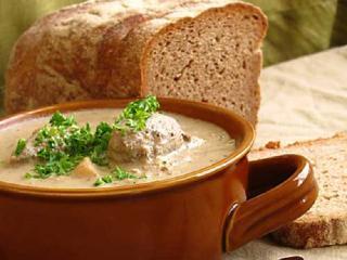 Суп с галушками из печени. Вкусный быстрый рецепт супа.<br> Оригинальное первое блюдо