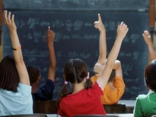 Как помочь ребенку настроиться на школу после каникул