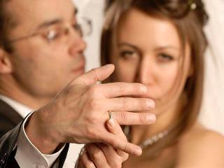 Как узнать, женат ли мужчина? (психология отношений)