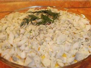 Рецепт салата с консервированным тунцом с фото