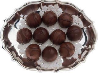 Шоколадные домашние конфеты с фундуком