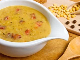 Гороховый суп со свиными ножками
