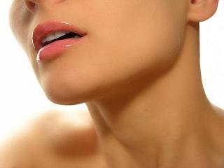 Уход за шеей. Освежающие тонизирующие маски для кожи шеи